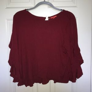 maroon 3/4 sleeve cropped top